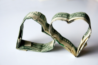 Two-hearts-of-money2